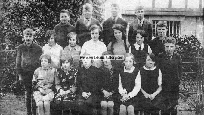 class-from-acton-school-wrexham-1929-30