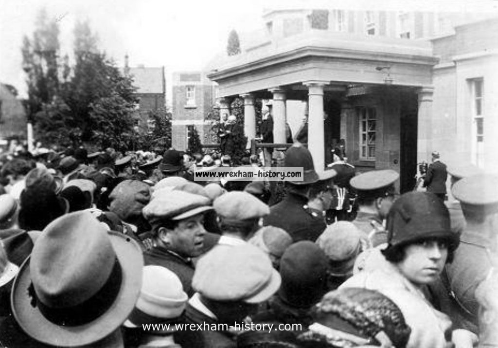 Official opening of War Memorial Hospital