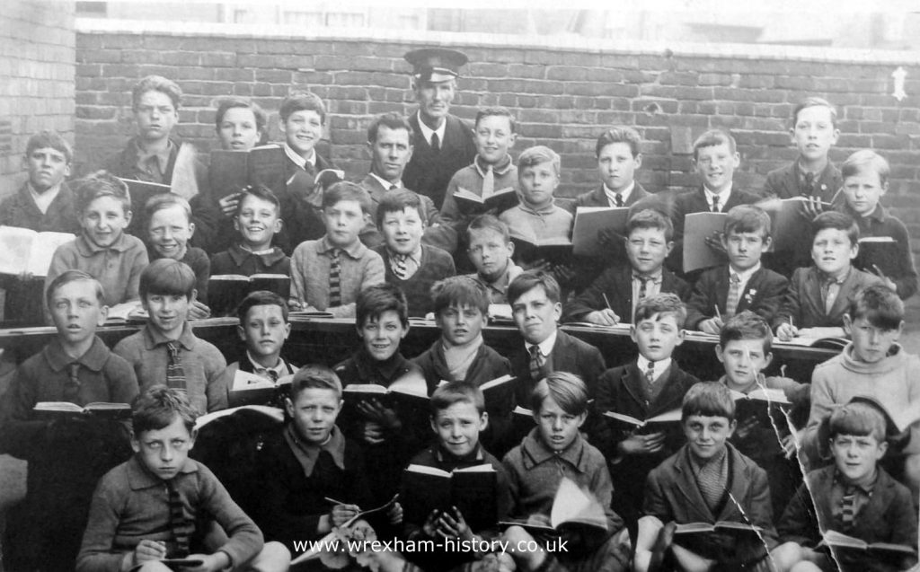 rhos-junior-school-classroom-pupils-wrexham-1927-c