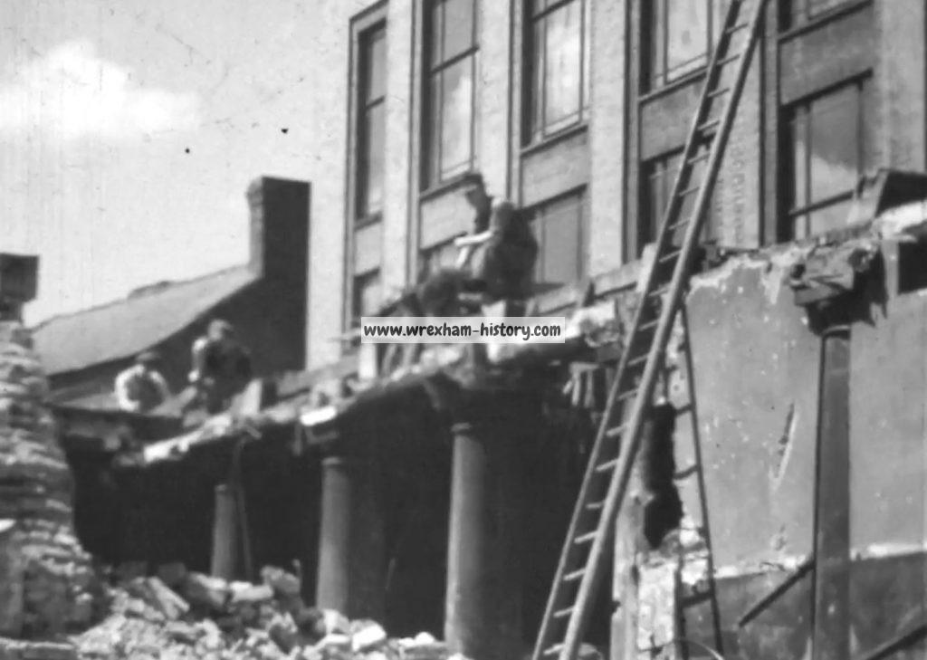 town-hall-wrexham-during-demolition-in-1940