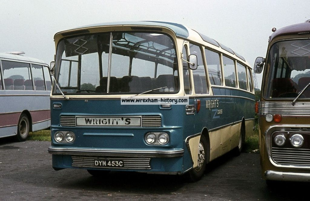 wrights-bus-dym453c