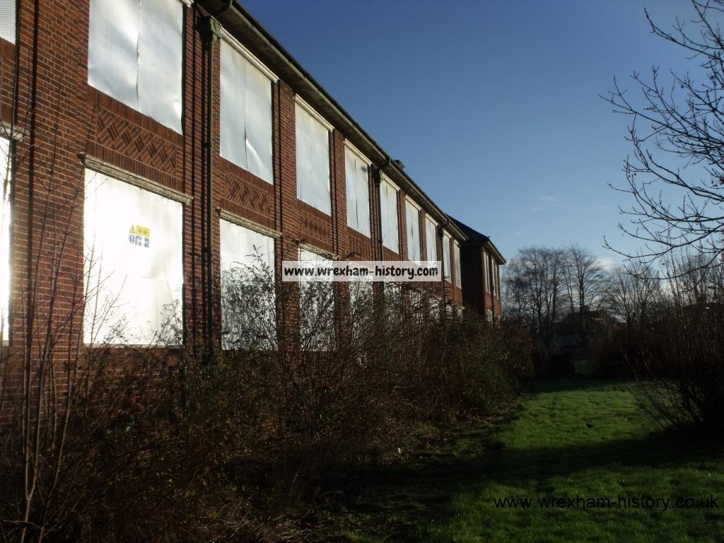 Groves School 26-01-2016 (Graham Lloyd)