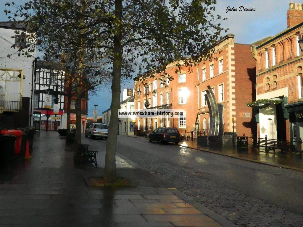 Yorke Street 25-12-2013 (John Davies)