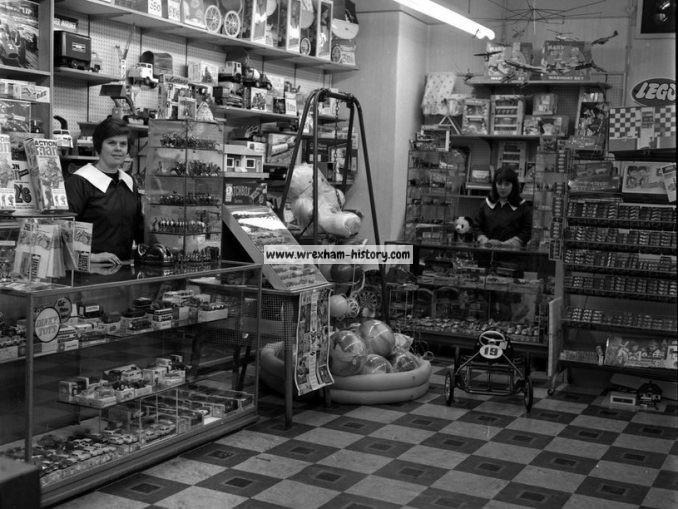 Currys Shop Wrexham 1966