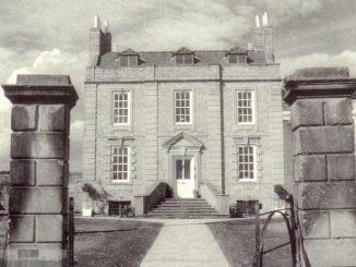 Jacobite House Berse Drelincourt