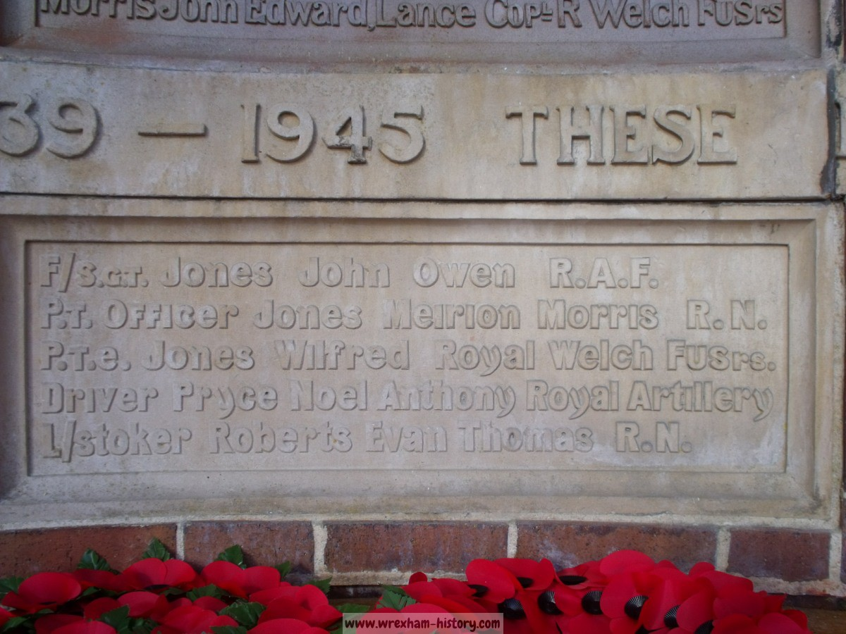 Garth Trefor War Memorial
