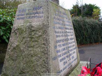 Bwlchgwyn War Memorial