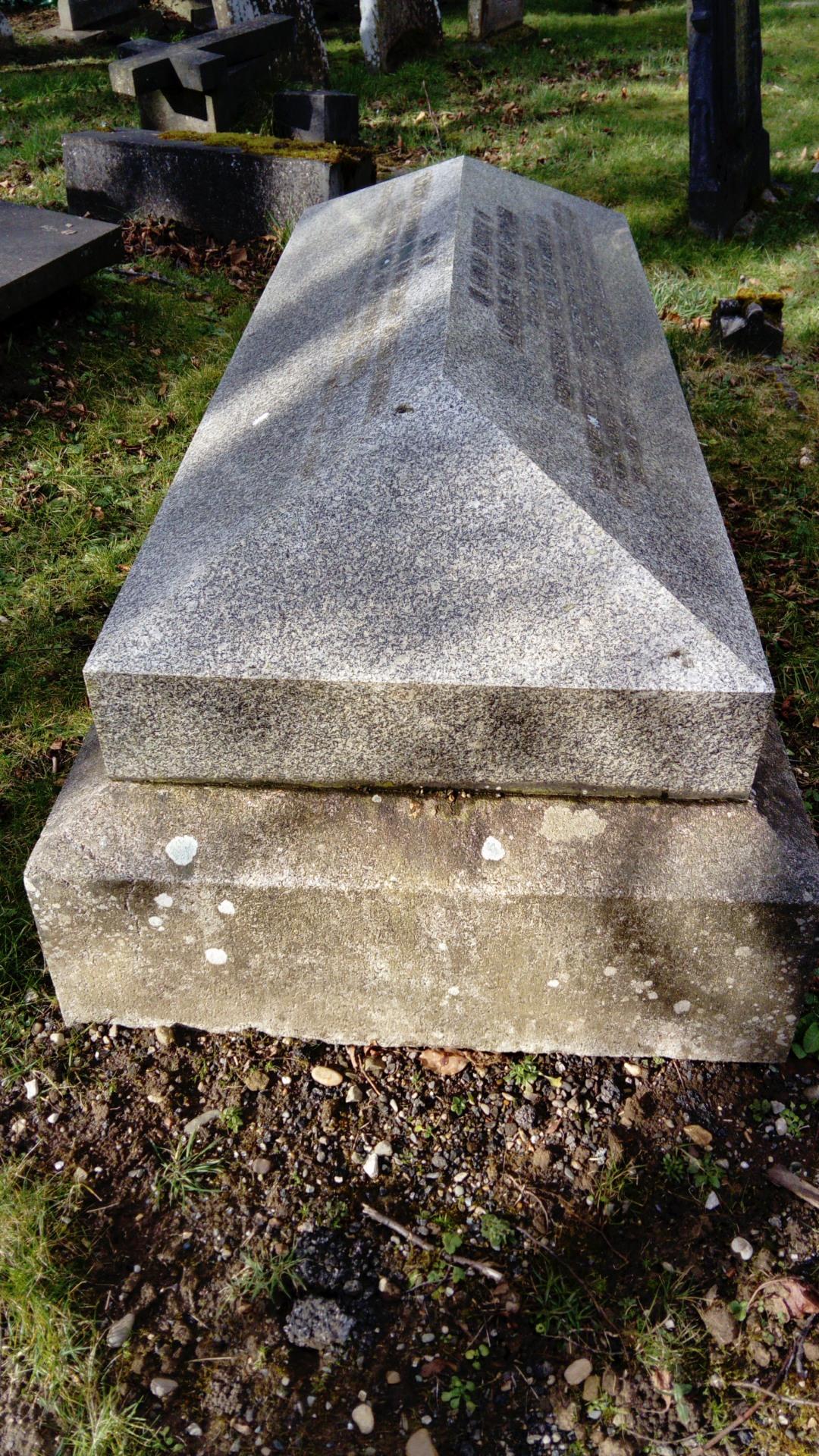 Wrexham Cemetery 16/04/2018